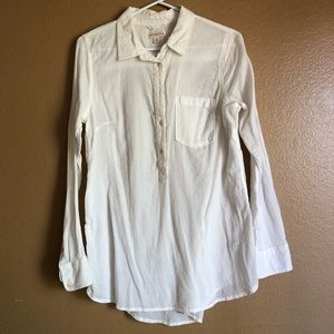 3/4 button down long sleeve.